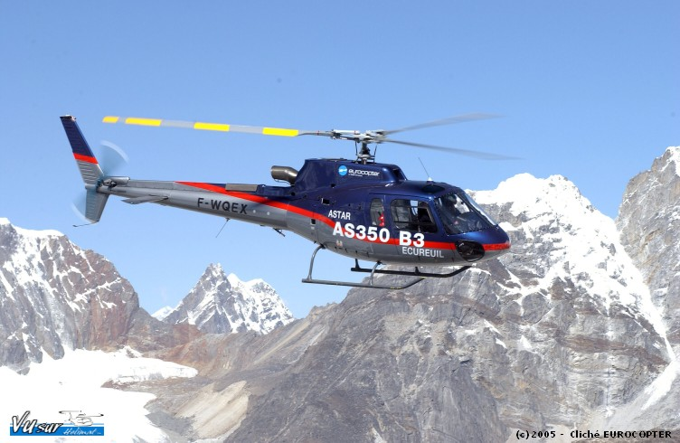 poser everest helicoptere
